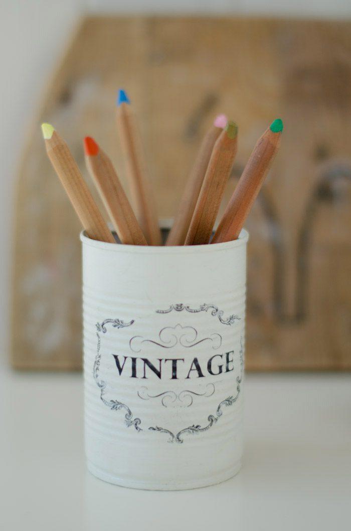 lata chalkpaint lápices