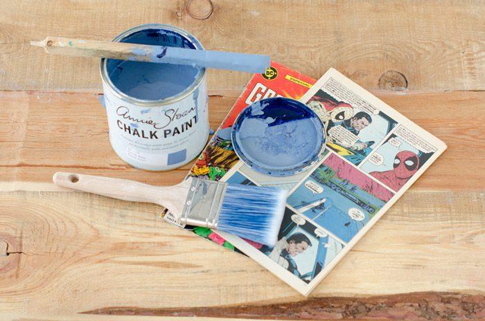 Pintura pincel tebeo y balda para el diy