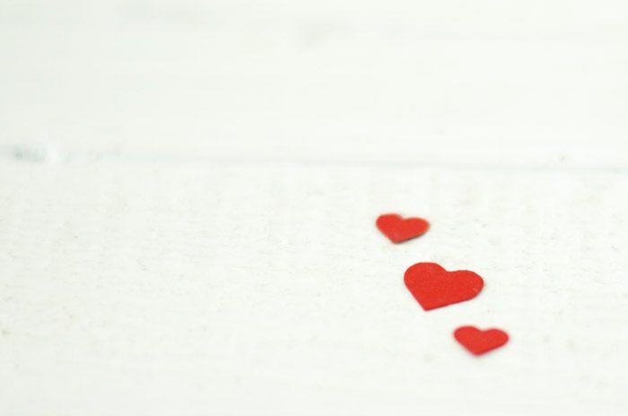Mensaje en una botella, corazones