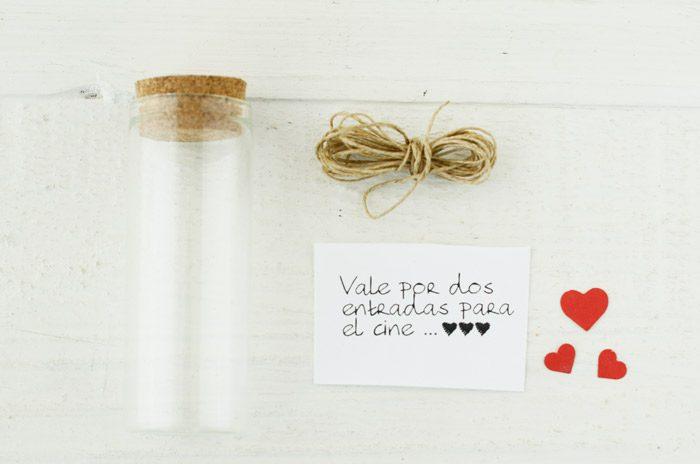 Material para mensaje en una botella, día de San Valentín