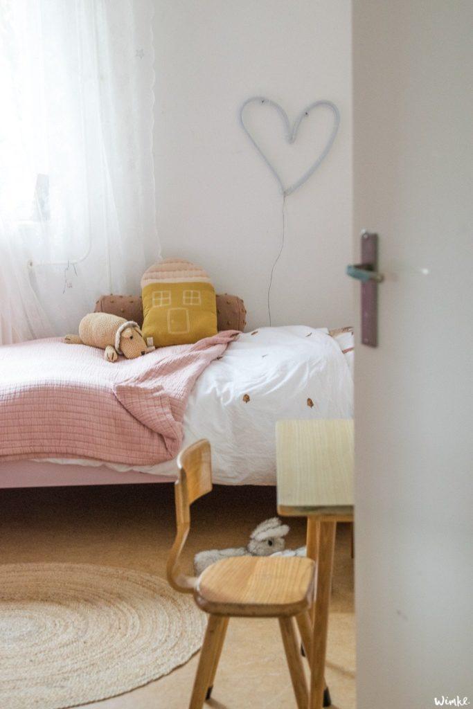 Cómo iluminar una habitación infantil